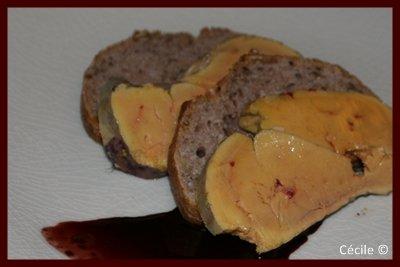 Foie gras au coulis noir
