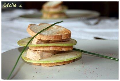 Mille feuilles aux pommes et au foie gras